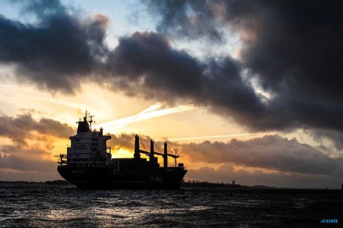 Bawa 12 Kru, Kapal MT Namse Bangdzhod Hilang Kontak 12 Hari