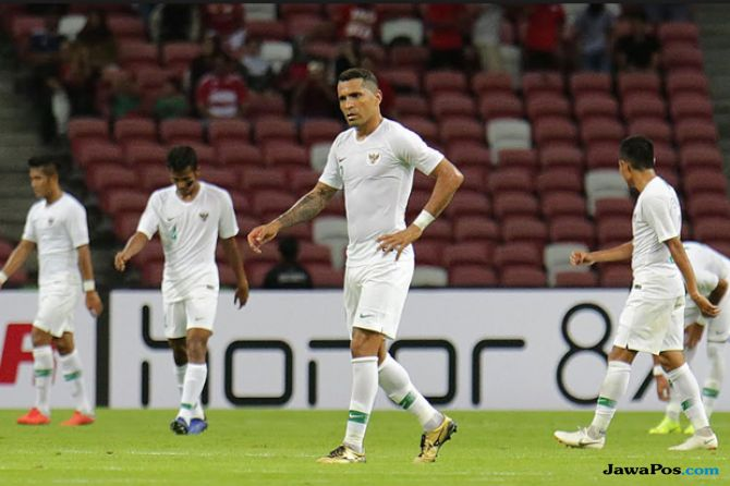 Piala AFF 2018, Timnas Indonesia, Indonesia kalah 0-1 dari Singapura, Singapura 0-1 Indonesia, Bima Sakti, Skuad garuda