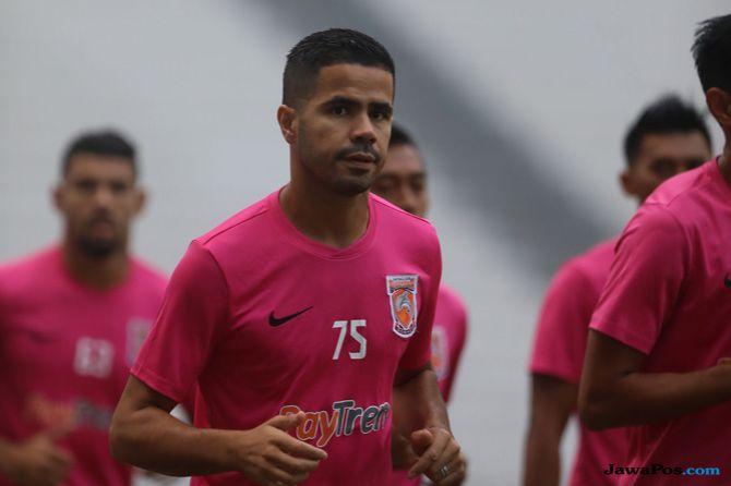 Borneo FC, Mitra Kukar, Liga 1 2018, Derby Mahakam, Tijani Belaid