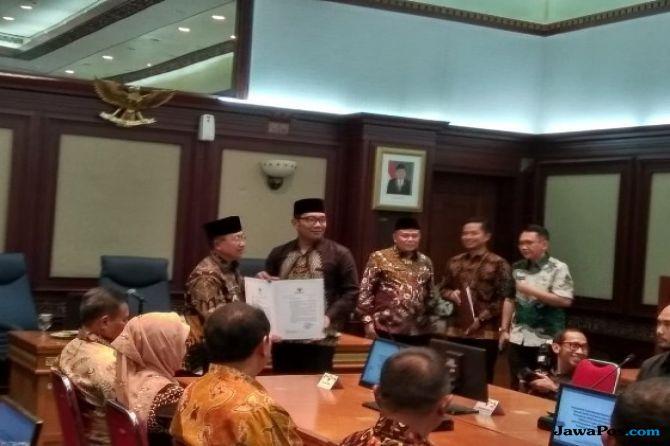 Bupati Cianjur Kena OTT, Herman Suherman Ditunjuk Jadi Plt