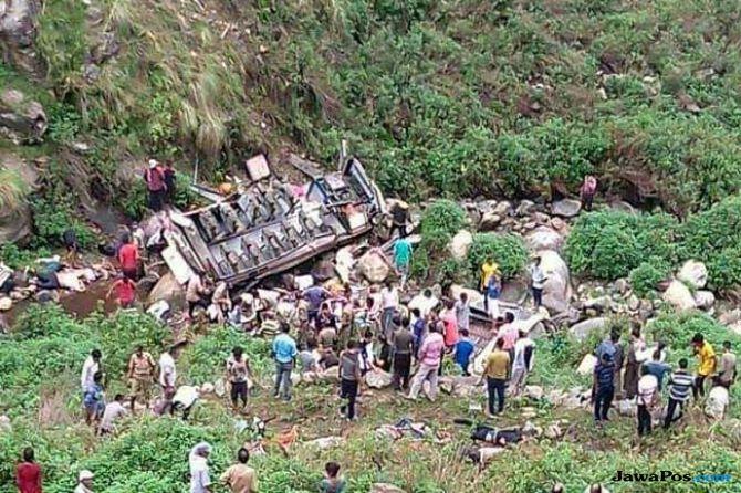 Bus Masuk Jurang, 48 Penumpang Tewas di India