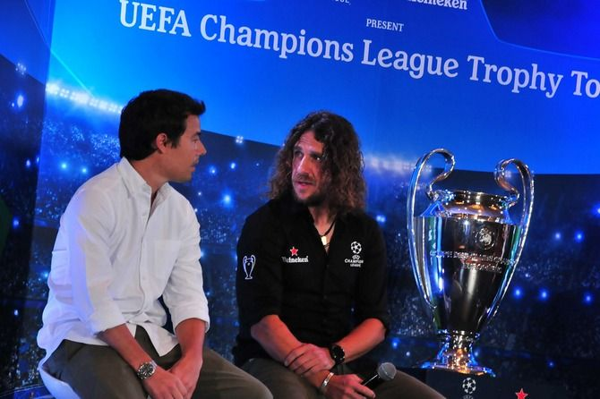Carles Puyol Cerita Tentang Barcelona Saat Kunjungi Surabaya
