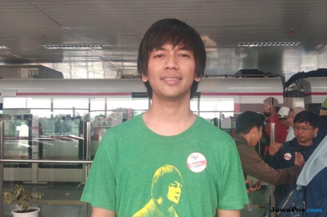 Cerita Rian D'Masiv Keseruan Naik LRT