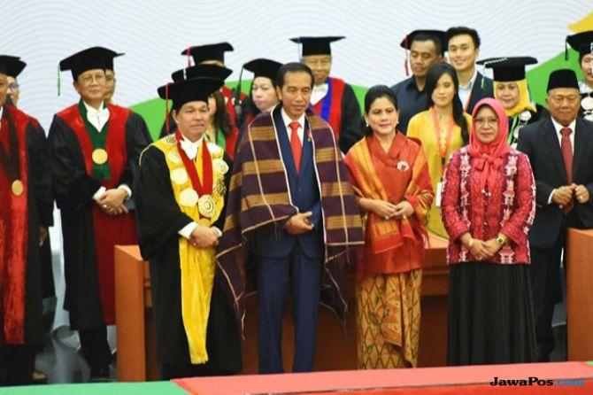 Curhat Soal Medsos, Jokowi: Sekarang Semua Orang Bisa Jadi Wartawan