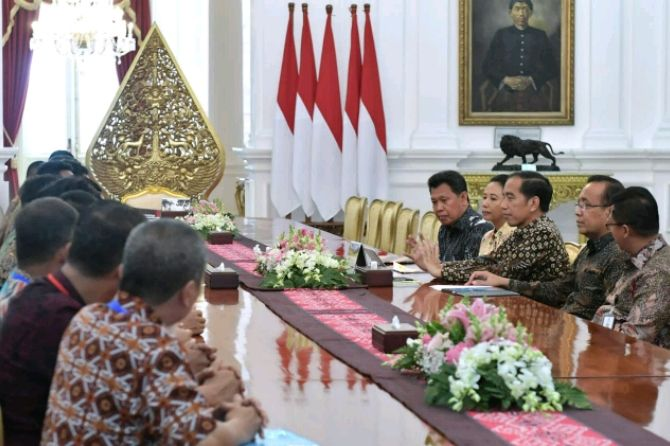 Datang ke Istana, Jokowi Janjikan Lahan 1.000 m2 ke Karyawan PTPN