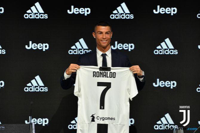 Cristiano Ronaldo, Juventus, Serie-A, Facebook, Chievo Verona