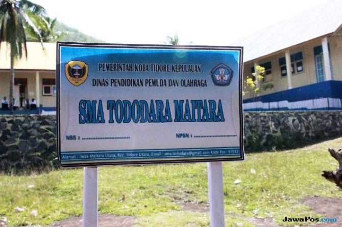 Desa Maitara Bangun Gedung SMA