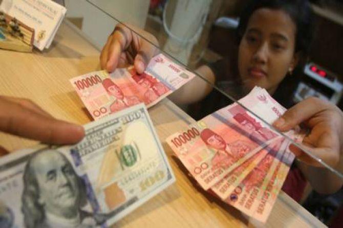 Dolar Dihantam Isu Negatif, Rupiah Kembali Berkibar