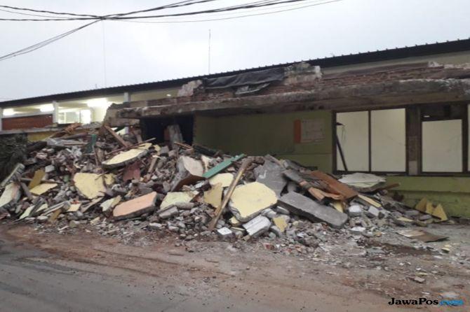 DPRD DKI: Anies Jangan Asal-asalan Copot Camat Tamansari