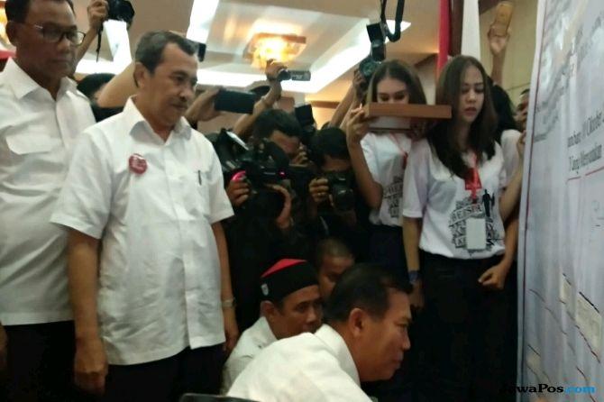 Dukung Jokowi, Wali Kota Pekanbaru Siap Terima Sanksi Dari Demokrat