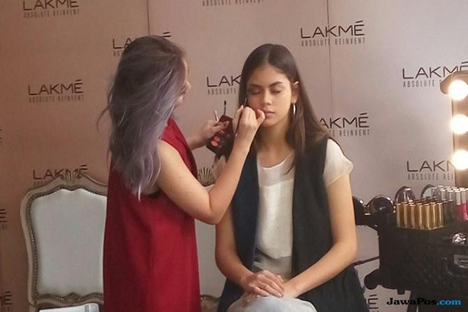 Dukung Mode Indonesia, LAKME Memboyong Tim ke London Fashion Week