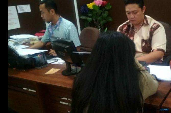 Foto Setengah Bugil Tersebar Luas, HS Lapor Polisi