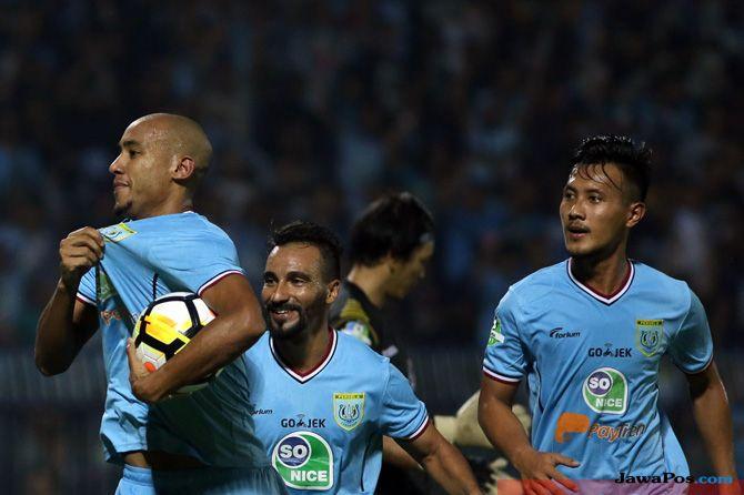 Persela Lamongan, Liga 1 2018, Mitra Kukar, Aji Imbut, Aji Santoso