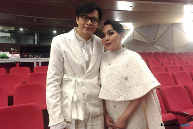 Gelar Konser, Armand Maulana dan Dewi Gita Rayakan 25 Tahun Bersama