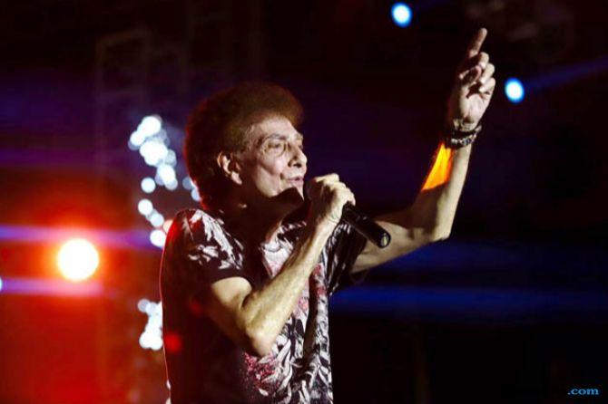 God Bless Sukses Bikin Merinding Para Milenial di Synchronize Festival