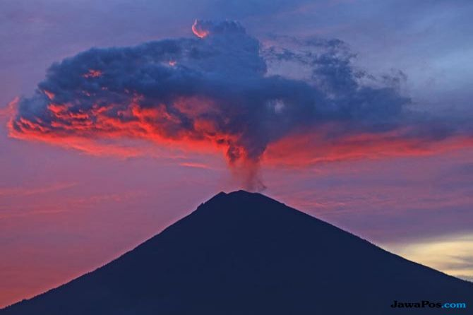 Gunung Agung Diyakini Tak Erupsi Saat IMF-World Bank