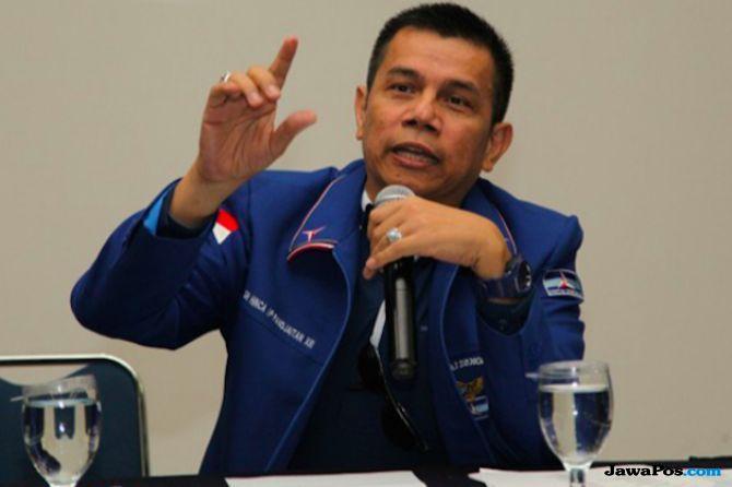Hinca: Malam Sebelum SBY Datang, Ada Tekanan Turunkan Atribut Demokrat