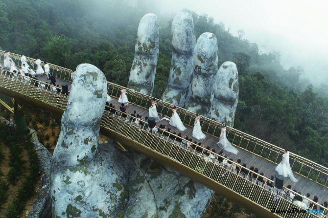 jembatan emas vietnam