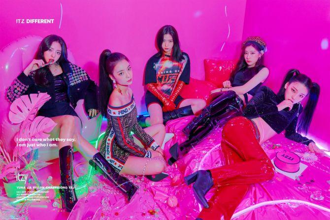 ITZY, Girlgrup Baru JYP Sukses Pecahkan Rekor Sejarah K-pop