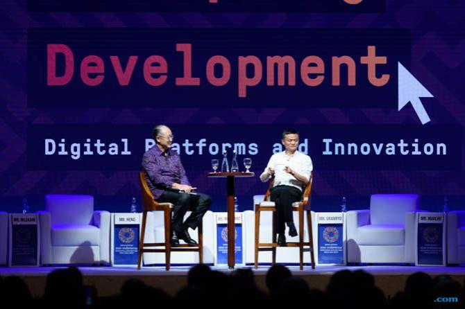 Jack Ma, Jim Yong KIM, Jack Ma Bisnis Internet