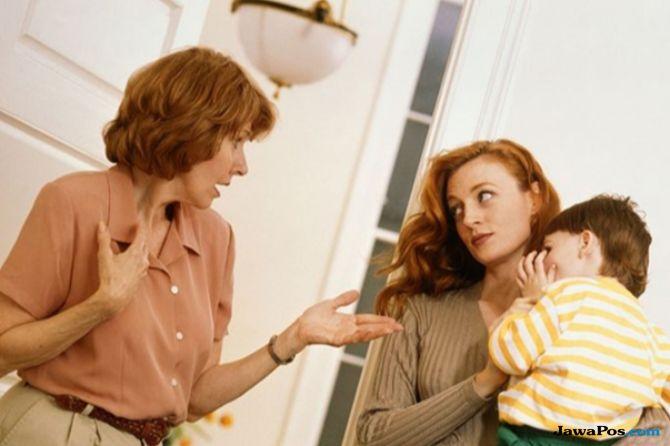 tips percintaan, ibu mertua, cara dekati calon mertua, tips luluhkan hati mertua,
