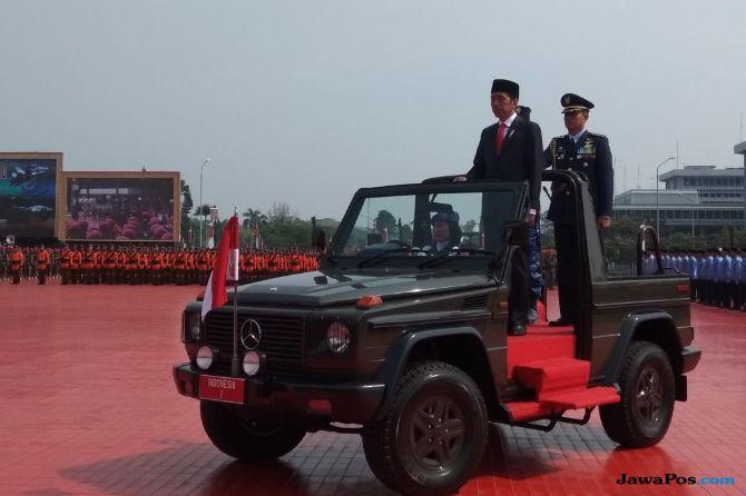 Jokowi Pimpin HUT TNI ke-73 di Cilangkap