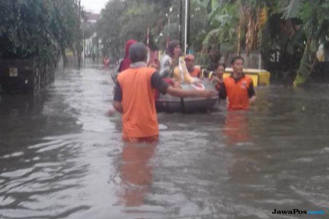 Kali Krukut Meluap, Permukiman Warga Terendam Banjir Hingga 1 Meter