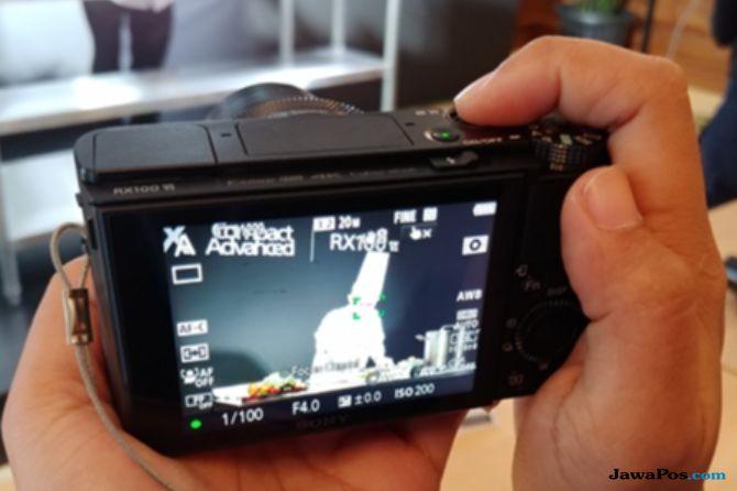 Kamera Smartphone Makin Canggih, Kamera Saku Tetap Laku