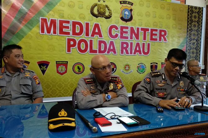 Kapolda Riau Diminta Mundur, Begini Tanggapan Anak Buah