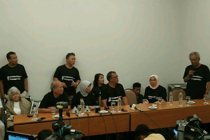 Keluarga Korban 98: Saya Minta Kalian Pilih Jokowi, Jangan Monster Itu