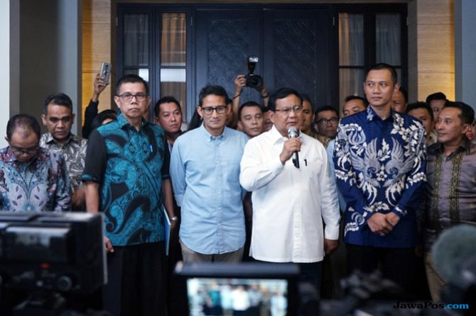 Kena Hoax Ratna Sarumpaet, Prabowo-Sandi Tak Ditinggalkan Pemilih