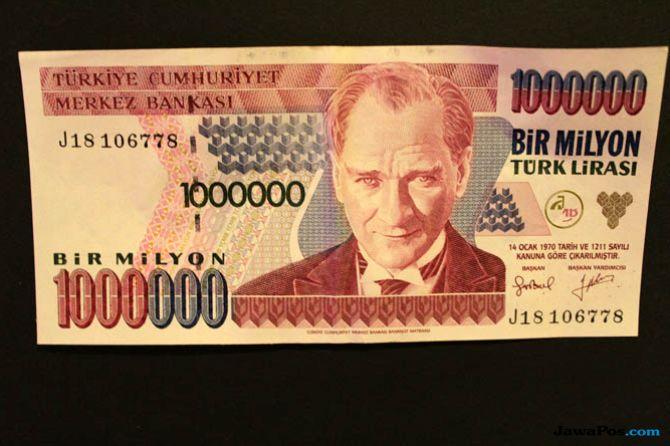 Ketegangan AS-Turki Buat Lira Kembali Keok Terhadap Dollar
