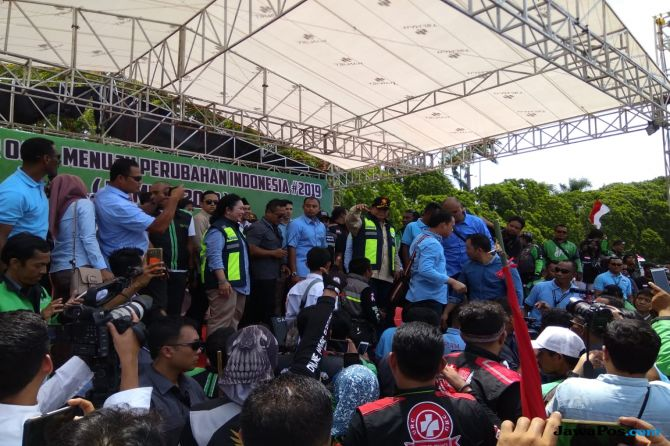 Ketika Pengemudi Ojol Persatukan Prabowo-Titiek pada Jabatan yang Sama