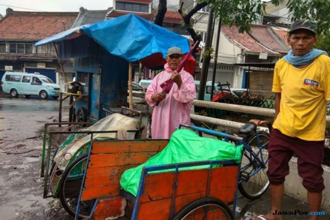 Ketua DPRD Tolak Keras Usulan Anies Revisi Perda Becak