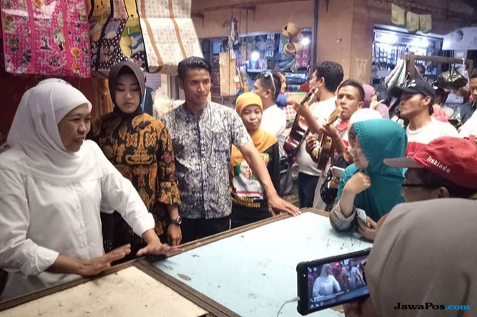 Khofifah di Pasar Singosari, Malang