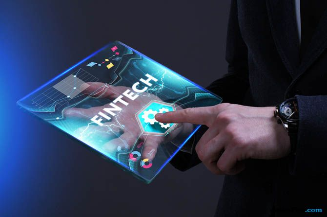 Aplikasi pinjam uang, Kemenkominfo Fintech, Fintech Akses Kontak HP