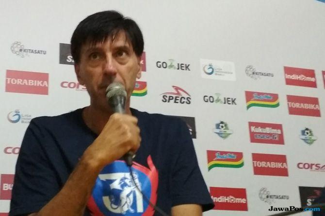 Arema FC, Liga 1 2018, Milan Petrovic, Sriwijaya FC