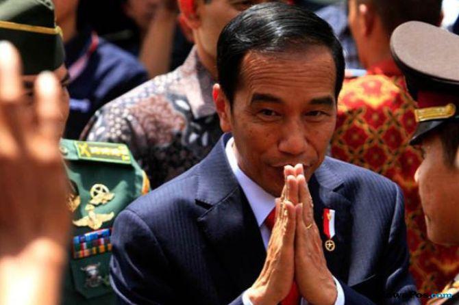 Kunjungi Korban Gempa di Palu, Ini Instruksi Jokowi untuk Anak Buahnya