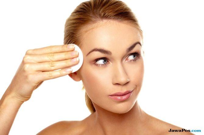 Ladies Catat 6 Kiat Make-up Cantik untuk Kulit Berminyakmu
