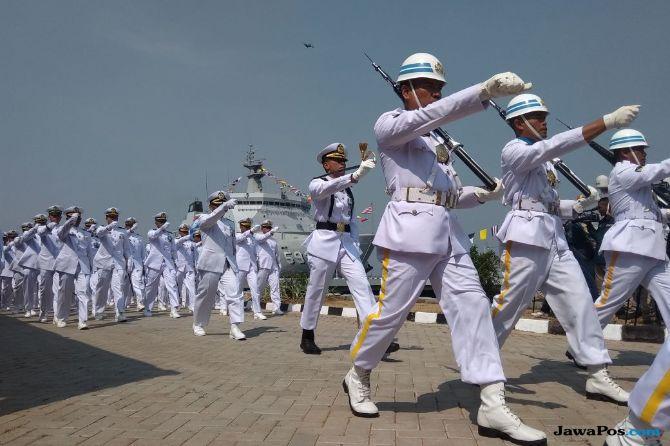 Lagu Boy Band Korea Pentagon Hipnotis TNI AL