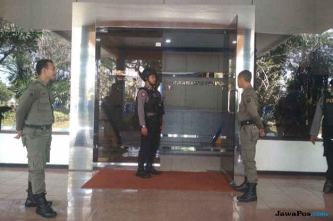 Lanjutkan Penggeledahan, KPK Obok-obok DPKCPK Kabupaten Malang