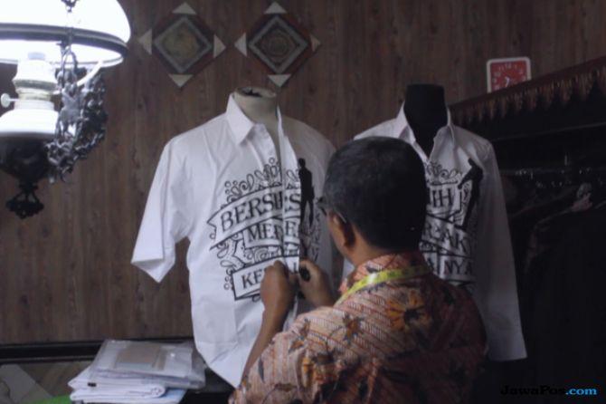 Laris Manis, Baju Jokowi Dipesan Sampai Hongkong dan Jerman