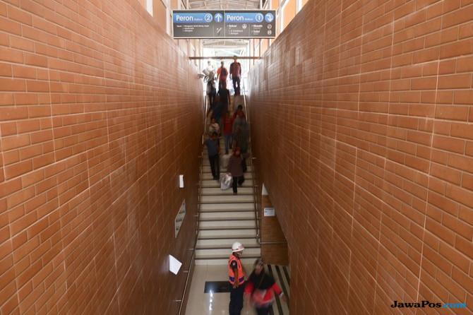 Lewati Underpass, Penumpang di Stasiun Tebet  tak Lagi Beradu Badan