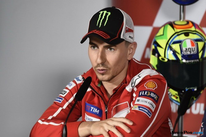 Jorge Lorenzo, MotoGP, Ducati, Yamaha, Desmosedici GP,