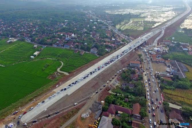 Luar Biasa! Jakarta-Surabaya Hanya 8 Jam Lewat Tol Trans-Jawa