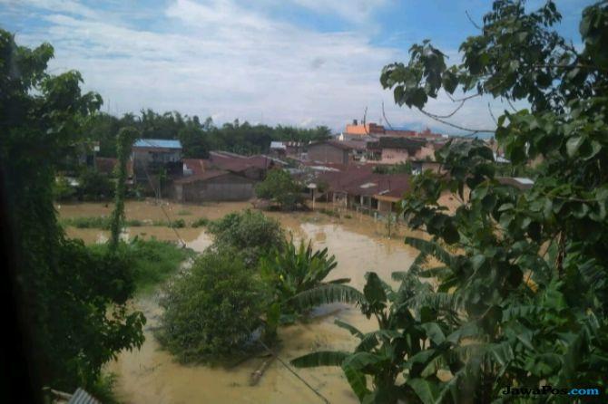 Medan Direndam Banjir Pascahujan Semalam Suntuk