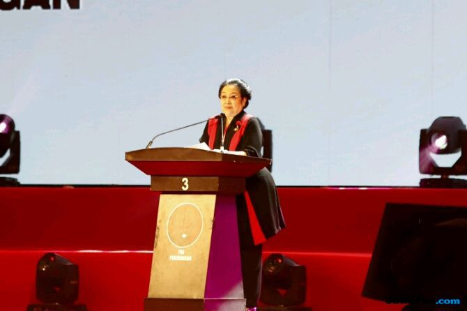 Megawati 'Mumet' Anak Buah Prabowo Suka Menyudutkannya