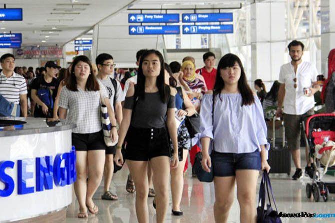 Mei, Jumlah Kunjungan Wisman ke Indonesia Turun Jadi 1,2 Juta