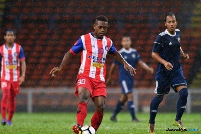 David Laly, Felcra FC, Liga Primer Malaysia, Persib Bandung,