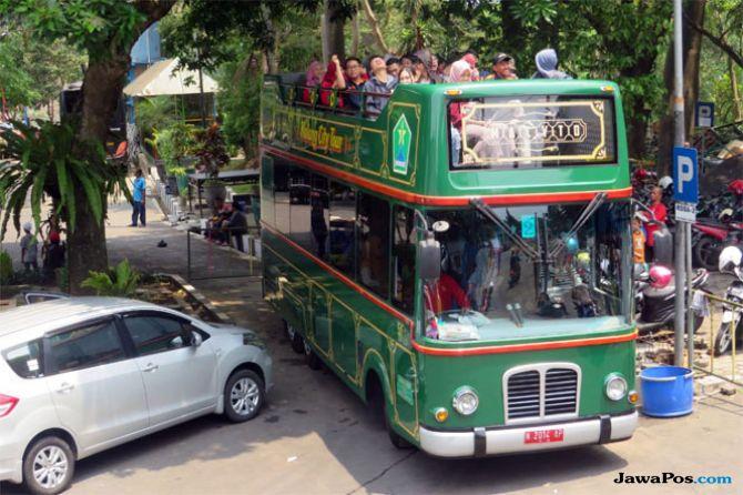 Bus Tingkat Macyto